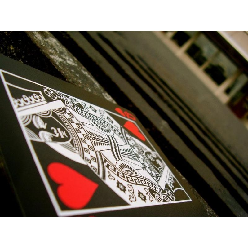 black tiger red pips playing cards deck cartes magie